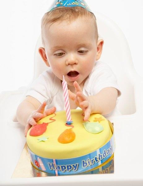Ребенок 1 год 1 месяц всех бьет что делать