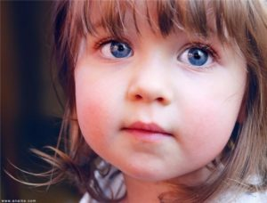 Особенности детей с нарушением зрения: как помочь своему ребенку