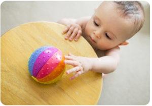 активность ребенка в 12 месяцев