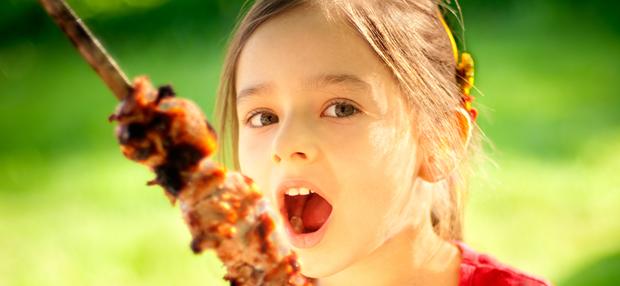 Ребенок отказывается от мяса почему
