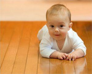 4 5 месяца ребенку развитие
