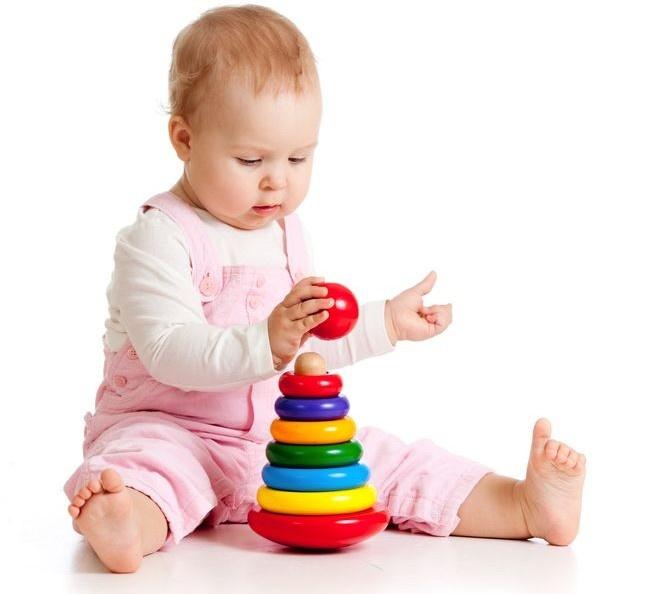 Игрушки для ребенка в 7 месяцев своими руками