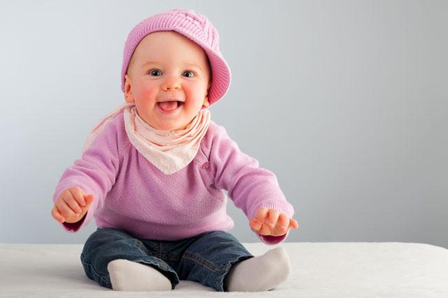 Почему ребёнок не сидит в 10 месяцев