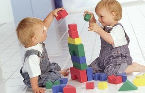Фото дети два малыша
