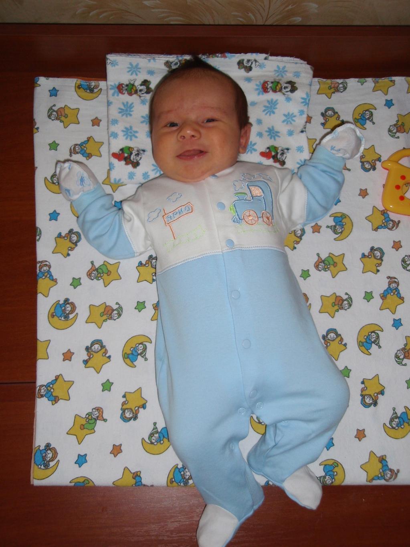 1 месяц ребенку фото детей