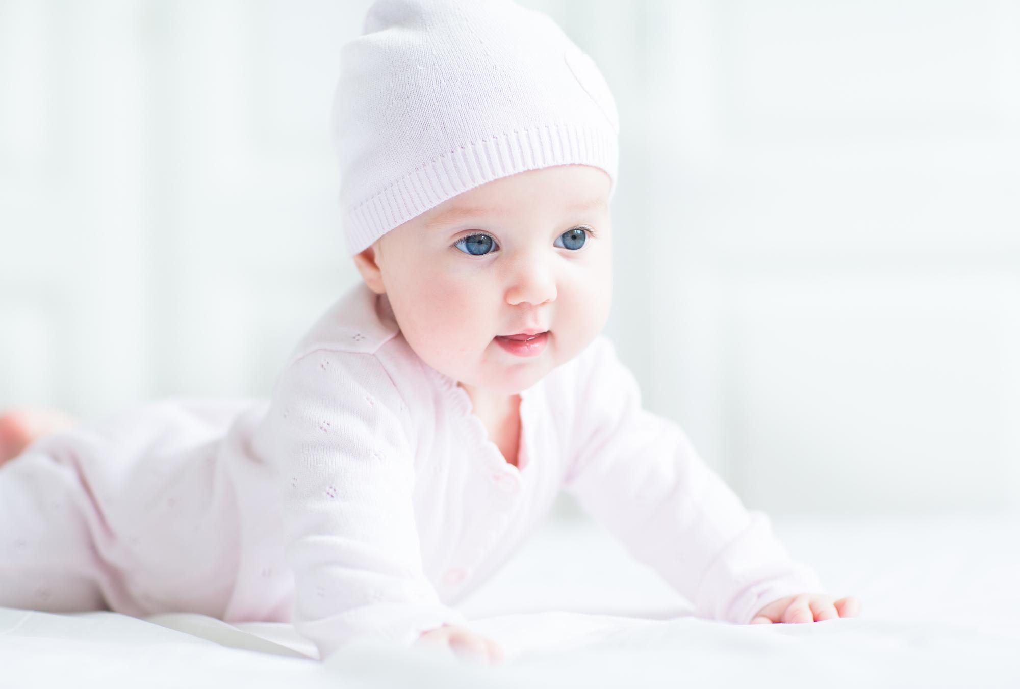 Ребенку 6 месяцев. Развитие полугодовалого малыша картинки