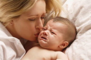 как успокоить ребенка во время истерики