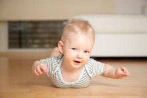 ребенок в 7 месяцев развитие и питание