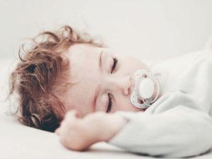 развитие ребенка 11 месяцев