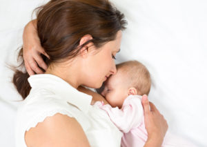 кормление новорожденных в первые дни
