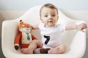 развитие ребенка по неделям до года
